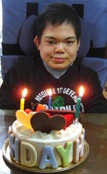 賢治21歳ケーキだ.jpg